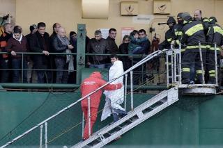 Confirman que hallaron cuatro cuerpos y ya son cinco los muertos por el incendio en el ferry
