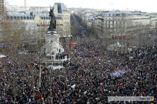 FRANCIA En una manifestación histórica, millones de franceses tomaron las calles para condenar la violencia extremista