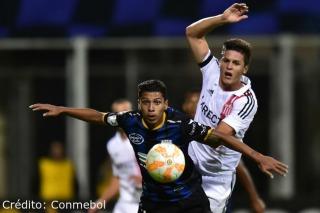 Estudiantes perdió en Ecuador y se jugará la clasificación en La Plata
