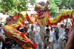 """La comunidad china en Argentina se prepara para recibir el año del """"Gallo de Fuego"""""""