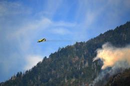 Envían seis aviones para combatir los incendios forestales en Cholila