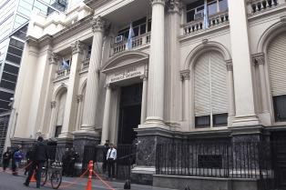 El BCRA mantuvo inalterada su tasa de política monetaria en 24,75%