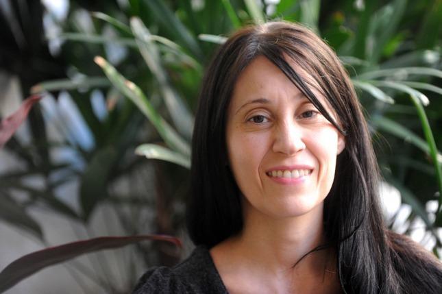 Mónica Lairana le da vida a Gladys en \