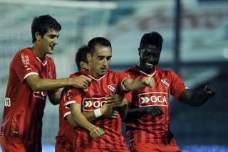 Independiente le ganó a Quilmes en el sur y no le pierde pisada al líder