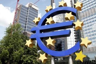 """La moneda de Facebook, """"seductora, pero traidora"""", según el BCE"""