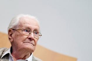 """El """"contable de Auschwitz"""" presentó un pedido de gracia y evitar la prisión"""