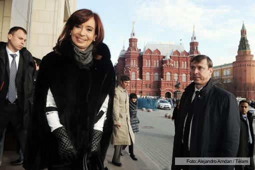"""MOSCÚ: Cristina, ante un foro empresarial en Rusia: """"Argentina es un país para invertir"""""""