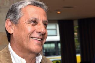 """El intendente de Neuquén acusó al PJ de querer """"mantener el clientelismo"""""""