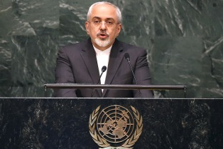 """Teherán dará una """"respuesta apropiada"""" si Trump rompe el acuerdo nuclear"""