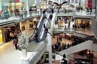 Prohibirán el uso de sorbetes en shoppings, hoteles y comercios