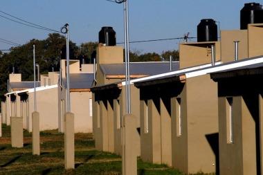 El Gobierno quiere terminar unas 50.000 viviendas proyectadas por el kirchnerismo y que nunca se hicieron