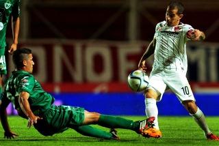 San Lorenzo hizo pesar su jerarquía y le ganó 3 a 0 a Sarmiento como local