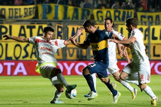 Con sufrimiento y poco fútbol, Boca le ganó a Huracán Las Heras