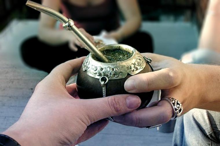 Este lunes es el Día Nacional del Mate, la bebida más tradicional de los argentinos