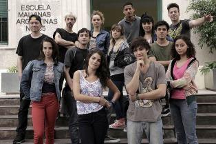 """La serie """"Presentes"""" de canal Encuentro fue nominada a los premios  Emmy Kids Awards"""