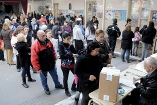 La provincia ya vota en las PASO y solo hay interna en el PJ