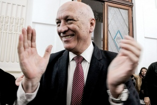 """""""Jamás comparo al nazismo con un gobierno democrático"""", dijo Bonfatti"""