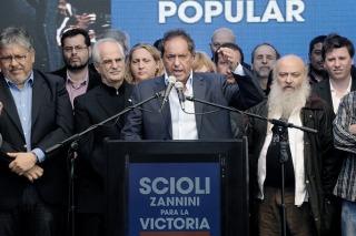 Scioli anunció que creará el Ministerio de Economía Popular si resulta elegido presidente