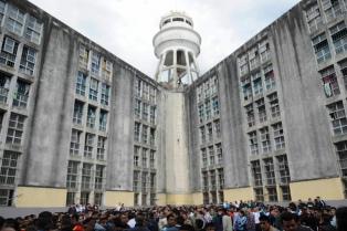 Prohibieron ingresar más presos a las cárceles de Olmos y Magdalena por hacinamiento