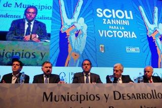 Scioli: �Ahora quieren embestir contra la economía�