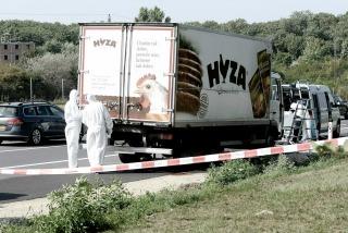 Austria: son 71 los refugiados muertos, entre ellos ciudadanos sirios