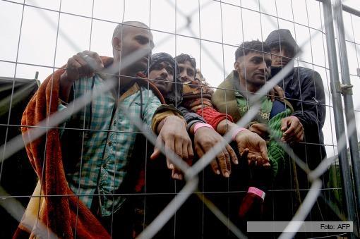 CRISIS MIGRATORIA:  Sin acuerdo en la Unión Europea para repartirse a 160.000 refugiados