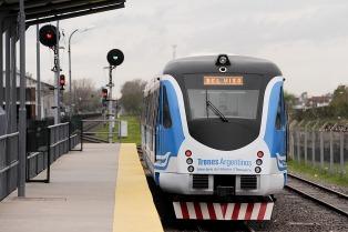 Los ferroviarios sentaron precedente y acordaron una paritaria trimestral con tres sumas no remunerativas