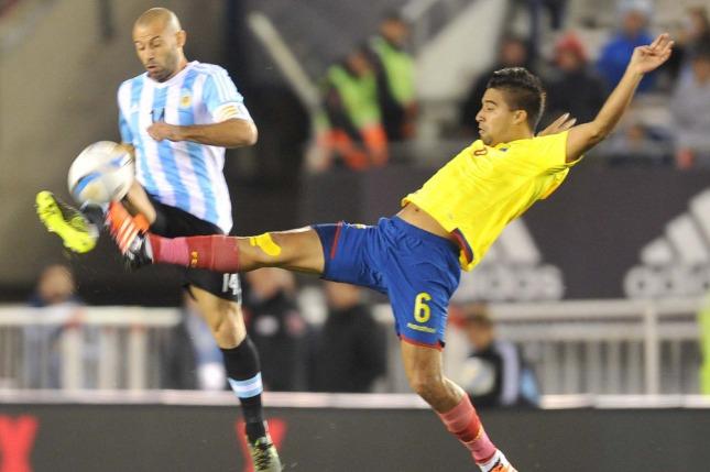 Suspenden a seleccionador de Ecuador previo a partido contra Argentina