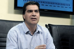 Capitanich propone reformar la Constitución provincial para eliminar la reelección indefinida