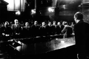 Premian a los camaristas que impusieron condenas en el Juicio a las Juntas