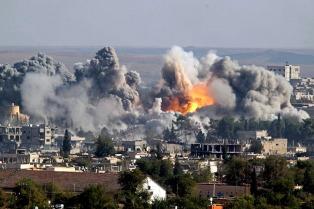 Los bombardeos de la Coalición Internacional causaron al menos 7.631 muertos desde 2014