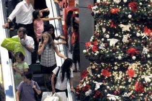 """Habrá descuentos de hasta el 50% en la """"noche de los shoppings"""""""