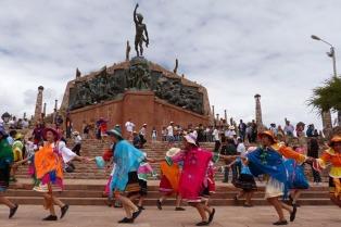"""Arranca el """"Alborozo Humahuaqueño"""" con 45 actividades para esperar y celebrar el carnaval"""