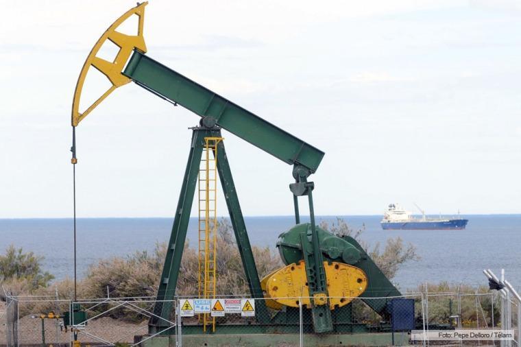 Se mantiene tendencia a la baja de precios del petróleo