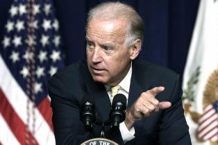Joe Biden criticó el muro de Trump y arremetió contra Rusia