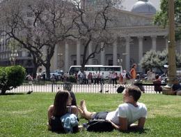Viernes veraniego en Capital y el GBA: pleno sol y una m�xima de 27 grados