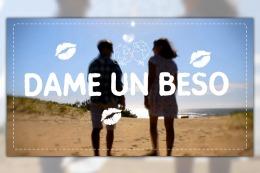 Villa Gesell organiza una besada masiva en la playa por el Día de los Enamorados