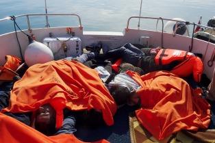 Veinte refugiados e inmigrantes muertos en otro naufragio