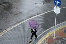 Martes con lluvias en la Ciudad y el conurbano, mejorando hacia la noche