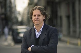 """Christian Castillo está """"dispuesto"""" a resignar su precandidatura para conseguir  la unidad en el FIT"""
