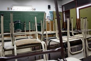 En varias provincias los docentes recrudecieron sus reclamos salariales y peligra el inicio de clases