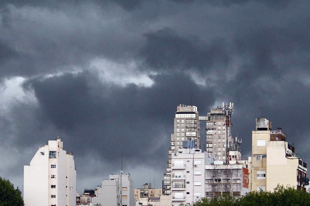 Alertas por tormentas fuertes en el centro, oeste y litoral del país