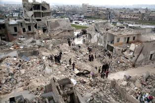 Rebeldes sirios apoyados por Turquía avanzan sobre Al Bab