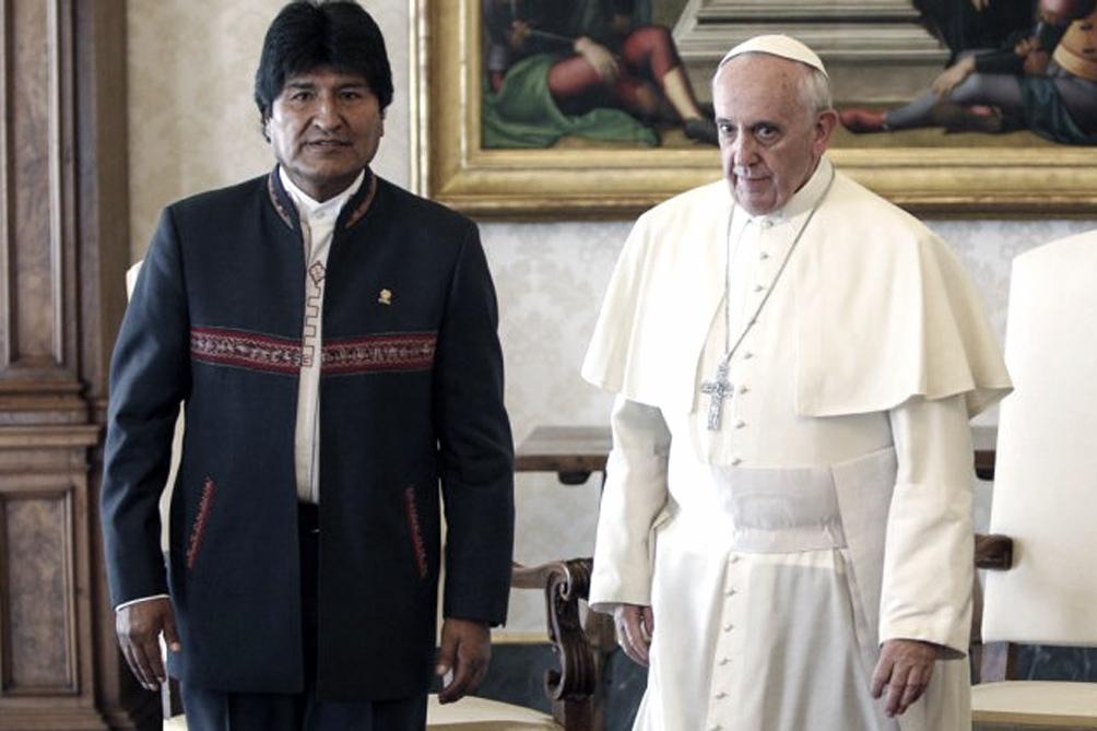 Evo Morales viaja a Roma para la consagración del nuevo cardenal boliviano