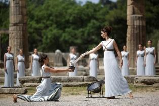 Hallan en Grecia una estatua de Afrodita al excavar para construir el metro