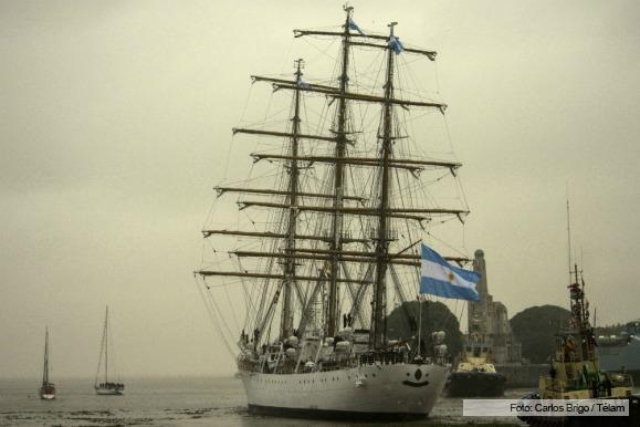 Fragata Libertad - Página 3 571b750a73bf1_579x386
