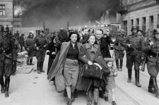 Se conmemora el 75 aniversario del levantamiento del gueto de Varsovia