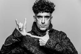 Favio Posca estrena el unipersonal