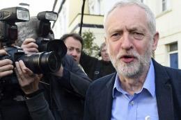 El Brexit desat� una lluvia de renuncias en el laborismo brit�nico y un mot�n interno