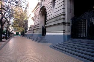 Una estudiante del Nacional Buenos Aires fue víctima de un abuso durante la toma